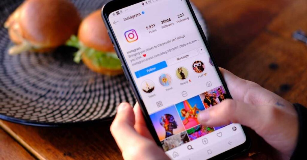 How You Can Use Instagram to Sell Your Art?